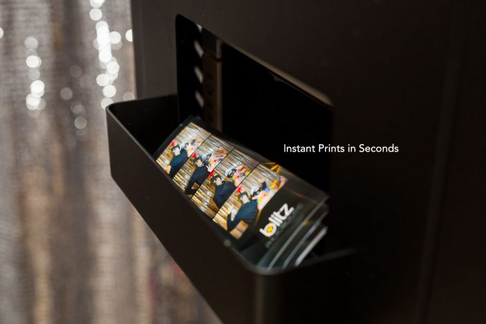 photo booth hire perth instant prints
