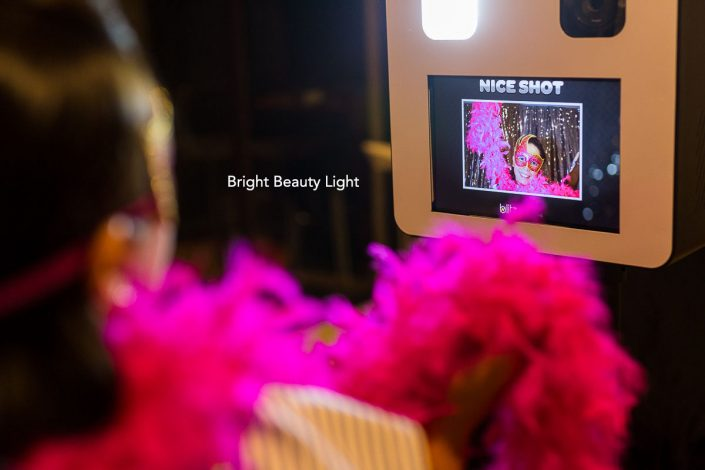 photo booth hire perth bright beauty dish light